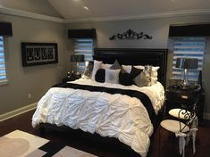 Gorgeous Glam black and White deluxe Master Suite decor with restoration hardware soho bed, modern design tufted sleep, modern glamour Bed Room decor B&W room Room Ideas Bedroom, Bedroom Sets, Home Decor Bedroom, Black Bedroom Decor, Bed Room, Bedroom Decor Master For Couples, Master Bedrooms, Bedroom Designs, King Bedroom