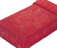 Pătură Belpla Ster 501 Roșu, cu design embosat floral, deosebit. Preț: 230 lei (Livrare GRATUITĂ).