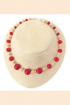 This glass bead necklace has vintage red and beige melon beads in graduated sizes and white spacers. It is 16 inches long and has a silver-plated brass lobster clasp. Vintage Costume Jewelry, Vintage Jewelry, Vintage Items, Beaded Jewelry, Handmade Jewelry, Beaded Necklace, Red Gifts, Love To Shop, I Love Jewelry