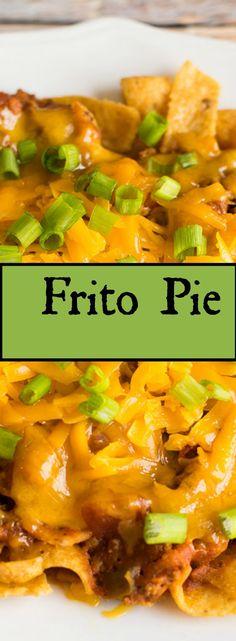 Frito pie is a delicious way to use up leftover chili chili cheese burrito Chili Casserole, Casserole Dishes, Casserole Recipes, Frito Chili, Frito Pie, Leftover Chili Recipes, Leftovers Recipes, Diner Recipes, Beef Recipes