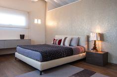 Camera da letto padronale di residenza privata | Armonia Interni Srl