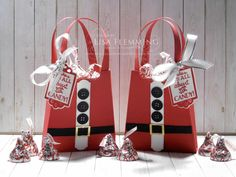 Fantastic Friday - All Dressed Up Santa Treat Bags Fantastic Friday - All Dressed Up Santa Treat Bags Source by Bags 2020 Christmas Kiss, Christmas Gift Bags, Stampin Up Christmas, Christmas Crafts, Handmade Christmas, Dress Up Storage, Stampin Up Weihnachten, Paper Purse, Stampin Up Catalog