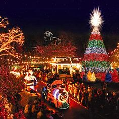10 Towns with Dazzling Holiday Decorations Nestled in the Ozark Mountains about 250 miles from St. Louis, this Missouri town explodes with Christmas cheer during its six-week Branson Area Festival of Lights. Old Time Christmas, Christmas Town, Christmas Lights, Christmas Shopping, Christmas Travel, Merry Christmas, Christmas Ideas, Christmas Scenery, Outdoor Christmas