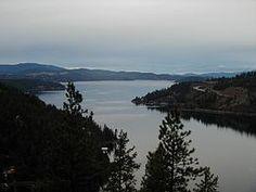 アイダホ州北部のコー・ダリーン湖-アイダホ州 - Wikipedia
