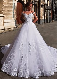 Marvelous Tulle Off-the-shoulder Neckline Ball Gown Wedding Dresses With Lace Appliques & Beadings NEW! Marvelous Tulle Off-the-Shoulder Neckline Ball Gown Wedding Dresses With Lace Appliques & Beadings Princess Wedding Dresses, Modest Wedding Dresses, Bridal Dresses, Prom Dresses, Evening Dresses, Wedding Outfits, Ball Dresses, Ball Gowns, Pretty Dresses