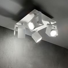 Deckenleuchten MOUSE Bianco-Nero ,www.stabi.at Ceiling Spotlights, Wall Lights, Ceiling Lights, Track Lighting, Light Fixtures, It Is Finished, Shades, Crystals, Home Decor