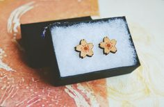 Wooden Flower Stud Earrings by Nightmagnets on Etsy