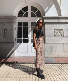 Midi Skirt, Sequin Skirt, Spring Summer Fashion, Summer Outfits, Instagram, Celebrities, My Style, Skirts, How To Wear