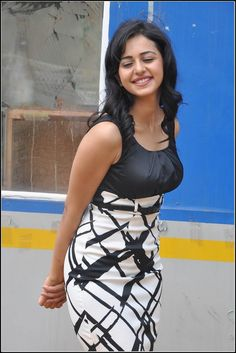 Her smile make a her more beautiful. Indian Actress Hot Pics, Bollywood Actress Hot Photos, Beautiful Bollywood Actress, South Indian Actress, Beautiful Actresses, Indian Actresses, Beauty Full Girl, Cute Beauty, Beauty Women