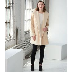 Looking for a coat or jacket sewing pattern? The 8467 Coat or Jacket from Simplicity is perfect, read sewing pattern reviews here.