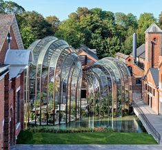 Bombay Sapphire Distillery - Thomas Heatherwick Studio defying expectations and elevating design. Urban Architecture, Futuristic Architecture, Sustainable Architecture, Beautiful Architecture, Contemporary Architecture, Thomas Heatherwick, Bombay Sapphire, Sapphire Gin, Urban Setting