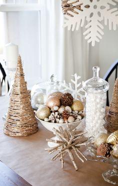 Em's Christmas Decorations: Dining Room