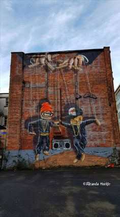#HipHop #Marionettes #Mural in #Glasgow #Scotland #Murals #StreetArt #Graffitti by #Rogueone Photography by Miranda Huckle.