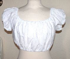 Vintage 50s inspired cropped gypsy top. I wore tops like this when I was young.