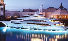 Go on a Yacht.(Have a friend that has a friend that knows a person that owns a yacht hahaha).Diamonds Are Forever Yacht Private Yacht, Private Jet, Yacht Design, Super Yachts, Yachting Club, Grand Luxe, Bmw X7, Cool Boats, Small Boats