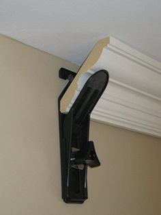 If you want to learn how to cut crown molding you're going to be really happy you found this article! I've included the very best videos showing how to cut crown molding and expert tips just for you. Home Improvement Projects, Home Projects, Home Renovation, Home Remodeling, Cheap Renovations, Remodeling Companies, Cheap Home Decor, Diy Home Decor, Crown Molding Installation