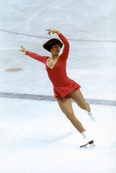 An Illustrated History of Figure Skating Clothes: 1976 Olympic Skating Champion Dorothy Hamill Introduced Her Famous Wedge Haircut Winter Olympic Games, Winter Olympics, Winter Games, Dorothy Hamill Haircut, 1976 Olympics, John Fogerty, Wedge Haircut, Figure Skating Outfits, Wedge Hairstyles