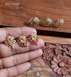 Labret Jewelry, Ear Jewelry, Bead Jewellery, Gold Ring Designs, Gold Earrings Designs, Ruby Bangles, Gold Bangles, Indian Gold Jewellery Design, Jewelry Design