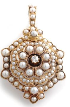 Brooch/Pendant; Edwardian, 14K Yellow Gold, Floral Design, Pearls & Round Diamond. C. 1895 -1905
