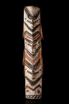 Shield-shaped board Papua New Guinea - Sepik 1.80 meters