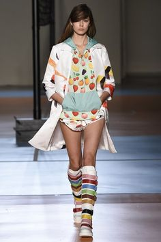 Catwalk photos and all the looks from Au Jour Le Jour Spring/Summer 2015 Ready-To-Wear Milan Fashion Week