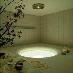 1000 images about iranian beauty psychologist girl on pinterest kos modern bathroom design. Black Bedroom Furniture Sets. Home Design Ideas