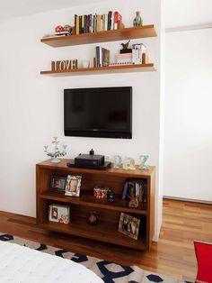 - low shelf with tv living room graziela arruda Living Room Tv, Apartment Living, Tv Unit Design, Home Decor Kitchen, Living Room Designs, Decoration, Home Furniture, Room Decor, Shelves