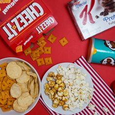 Enter to #WIN a Holiday Snack Pack ($50 Value) ENDS TONIGHT! #GIVEAWAY #PinchMe https://wn.nr/65V39s