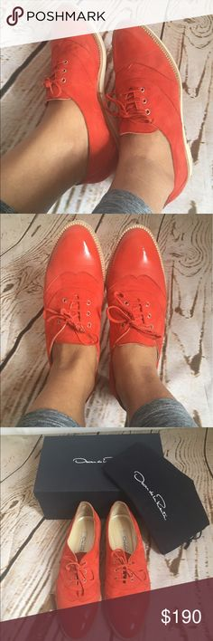 Oscar de la Renta women's Oxford shoes A feminine take on the wingtip! Genuine Oscar de la Renta suede shoes with patent leather toe cap. Very unique and perfect for spring and summer. In great preowned conditions. Color is Persimmom, a beatiful orangey Coral color. Oscar de la Renta Shoes