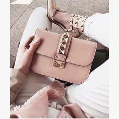 Valentino | pinterest: @Blancazh
