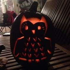 Owl pumpkin Hay Rides, Owl Pumpkin, Pumpkin Patches, Pumpkin Carving, Holiday Ideas, Holidays, My Style, Holidays Events, Holiday