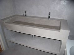 Concrete Sink, Concrete Bathroom, Toilet Sink, Trough Sink, My House Plans, Modern Bathroom, Interior Design Living Room, Toilets, Home Decor