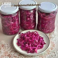 Kırmızı Lahana Turşusu (Hemen Deneyin) Raspberry, Cabbage, Food And Drink, Healthy Recipes, Fruit, Vegetables, Desserts, Pickles, Pickled Red Cabbage