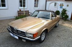 1980 Mercedes-Benz, 380SL  1971, the R107 is the successor of the pagoda. Initially only available with the beefy V8 engines, rounded off 1974, the six-cylinder in the program from. The upward trend of everyday use is convertibles was unbroken years!   EQUIPMENT:  Gold metallic paint Interior full leather beige Beige carpeting 3776 cc | 8 cylinder V8 | 218 hp Automatic transmission ..  http://www.collectioncar.com/detailed.php?ad=50480&category_id=1