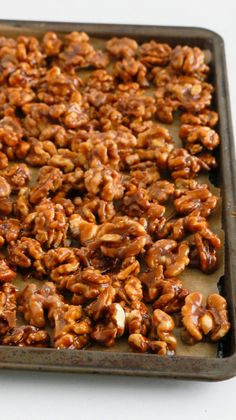 Snack Mix Recipes, Candy Recipes, Appetizer Recipes, Holiday Recipes, Cooking Recipes, Appetizers, Snack Mixes, Dinner Recipes, Candied Walnuts