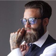 ⚔️ #DAPPER This is MEMBER @matteoconsigliere keeping thy beard and thy style on point #killer