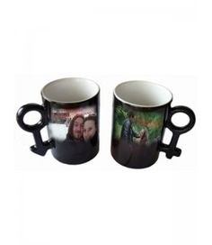 Комплект магически чаши с Ваша снимка с мъжкия и женския знак. Изпийте сутрешното си кафе заедно.