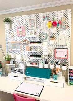 IKEA Skadis craft room pegboard/craft room organization makeover – Office organization at work Ikea Organisation, Pegboard Organization, Home Office Organization, Organization Ideas, Scrapbook Room Organization, Scrapbook Rooms, Office Storage Ideas, Project Life Organization, Craft Room Storage