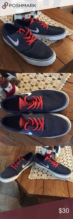 Nike sneakers Boys Nike shoes for daily use. Stefan janoski sneaker. In good used condition Nike Shoes Sneakers
