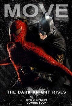 CIA☆こちら映画中央情報局です: Batman vs. Spider-Man : バットマン VS.スパイダーマン!!、さぁ、俺さまの出番だッ!!とダークナイトがスパイダーマンを押しのけているファンメイドのポスターと、2大ヒーローのマヌケな戦いを描いたビデオに、経済面から比較したインフォグラフィック!! - 映画諜報部員のレアな映画情報・映画批評のブログです