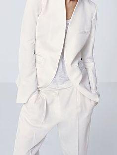 woonwebwinkel Eigenwijzekamer @ dress in style Fashion Mode, Minimal Fashion, White Fashion, Love Fashion, Fashion Outfits, Womens Fashion, Mode Style, Style Me, Suits For Women