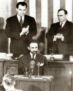 HIM giving a speech to the United States congress with President Nixon in the back. Only Africa Leader to do so....Greatness..