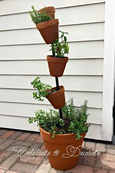 How I Found Myself in the Rebar Aisle of the Home Improvement Store. Do you use herbs in your cooking? This DIY herb garden might be just the thing to add to your summer patio. Diy Herb Garden, Garden Beds, Vegetable Garden, Herbs Garden, Succulents Garden, Succulent Planters, Garden Planters, Cactus Plants, Hanging Herbs