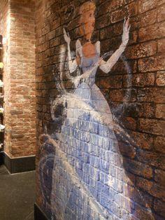 Cinderella graffiti - Disney store in Italy~ whoever did this is my hero. Disney Dream, Disney Love, Disney Magic, Disney Art, Disney Pixar, Walt Disney, Disney Stuff, Disney Trips, Disney Fanatic