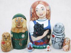 Wizard of Oz 7 Pc Russian Wood Nesting Doll Matryoshka Stacking Dolls Babushka