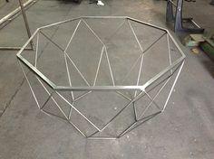 Mesa ratona octogonal diamond Steel Fabrication, Center Table, Nesting Tables, Metal Furniture, Chair Design, Metal Working, Living Room Designs, Room Decor, House Design