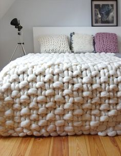 Holy crap! Yarn and stuff! — podkins: Today's Knitting in the Home pic is...