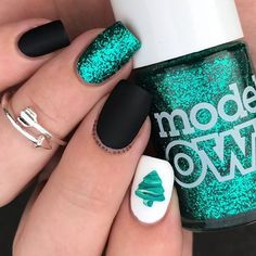 I'm just gunna say this is my fave Christmas design so far and was so happy with how my little drag marble tree came out   solo shot of my bestie twin nails with @nailzini I've had this idea a while and I've been saving this gorgeous glitter green from @modelsownofficial called emerald city for AGES!!! I just want to say that the girls at the Bradford bottle shop @modelsownofficial are sooo sweet and helpful and even followed me on instagram   I used all models own polishes for the gree...