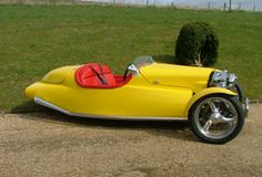 """Planet Engineering Ltd Planet Engineering Ltd In February 2007, Planet Engineering was formed with """"the express purpose of developing a vehicle to re-juvenate and enhance the traditional wind-in-the-hair experience of the original Morgan-type three-wheeler.""""   Designed by Alan Pitcairn and Dave Kennell, the Ellipse is an open two seater powered by the S&S 96ci (1,575cc) V-twin engine giving the vehicle a top speed in excess of 125 mp"""