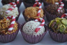 brigadeiros gourmet de natal. Veja mais em  http://www.giveagift.com.br/